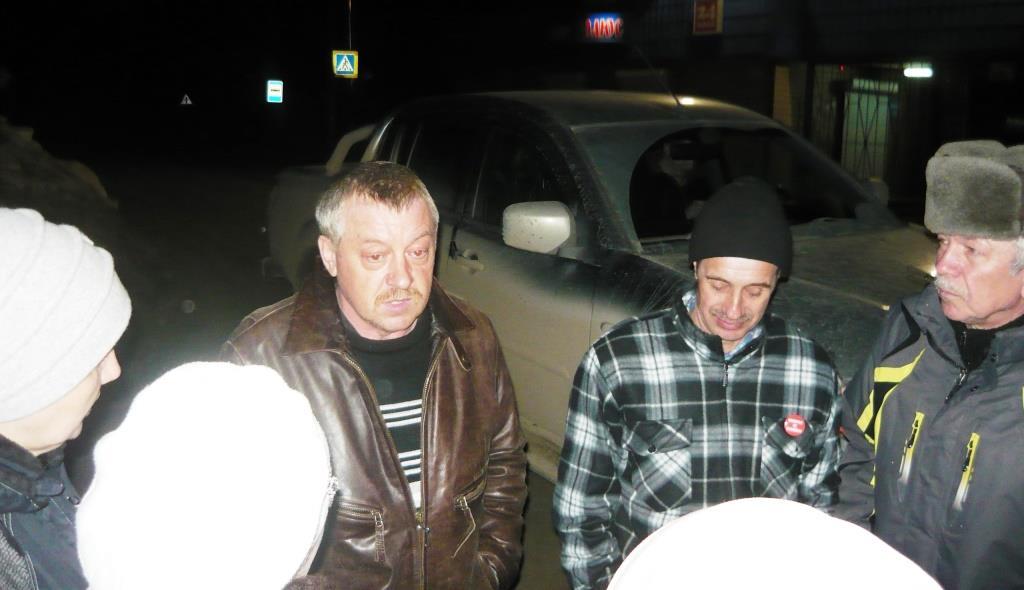 01.04.2019, п.Урдома. Валерия Дзюбу отпустили под домашний арест. Его встретили, как героя