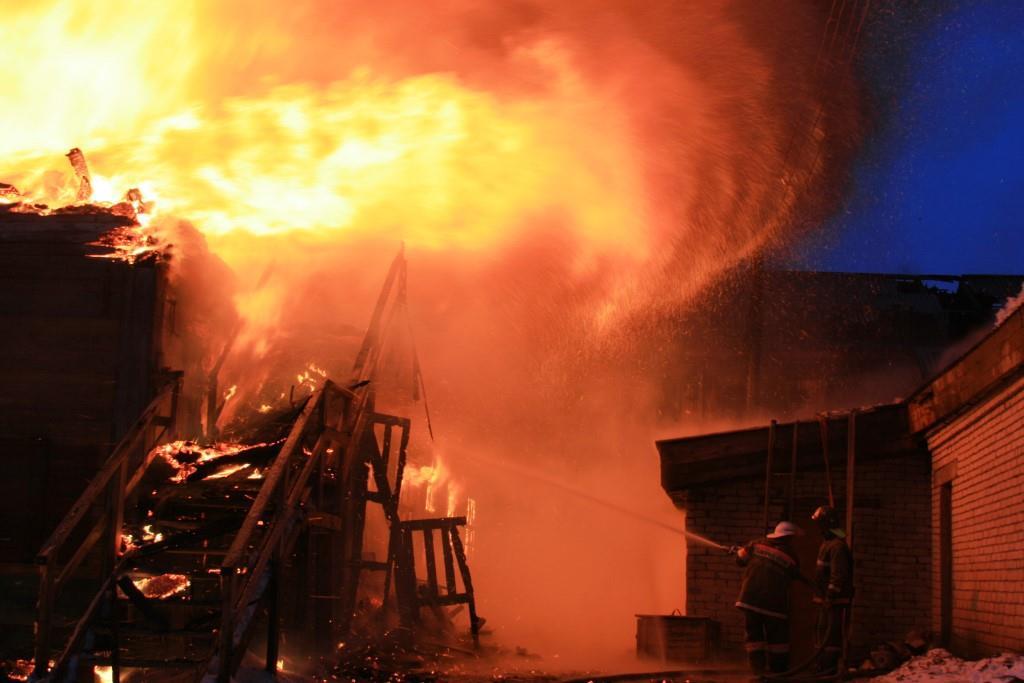 13.12.2007. Пожар в УСШ (1) Автор Викторов Н.А.