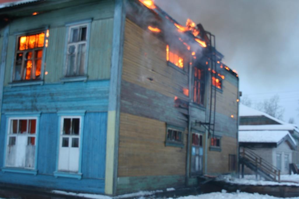 13.12.2007. Пожар в УСШ (12) Автор Викторов Н.А.