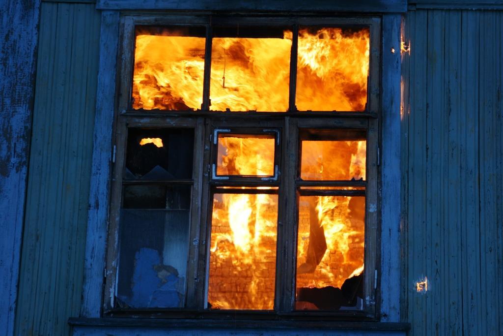 13.12.2007. Пожар в УСШ (13) Автор Викторов Н.А.