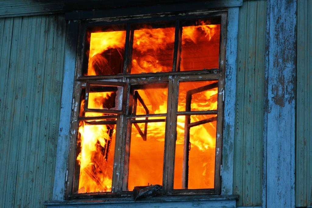 13.12.2007. Пожар в УСШ (14) Автор Викторов Н.А.