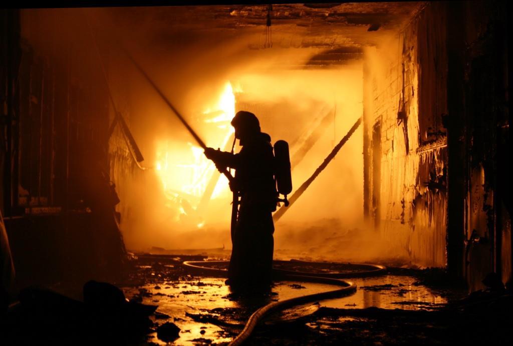 13.12.2007. Пожар в УСШ (2) Автор Викторов Н.А.