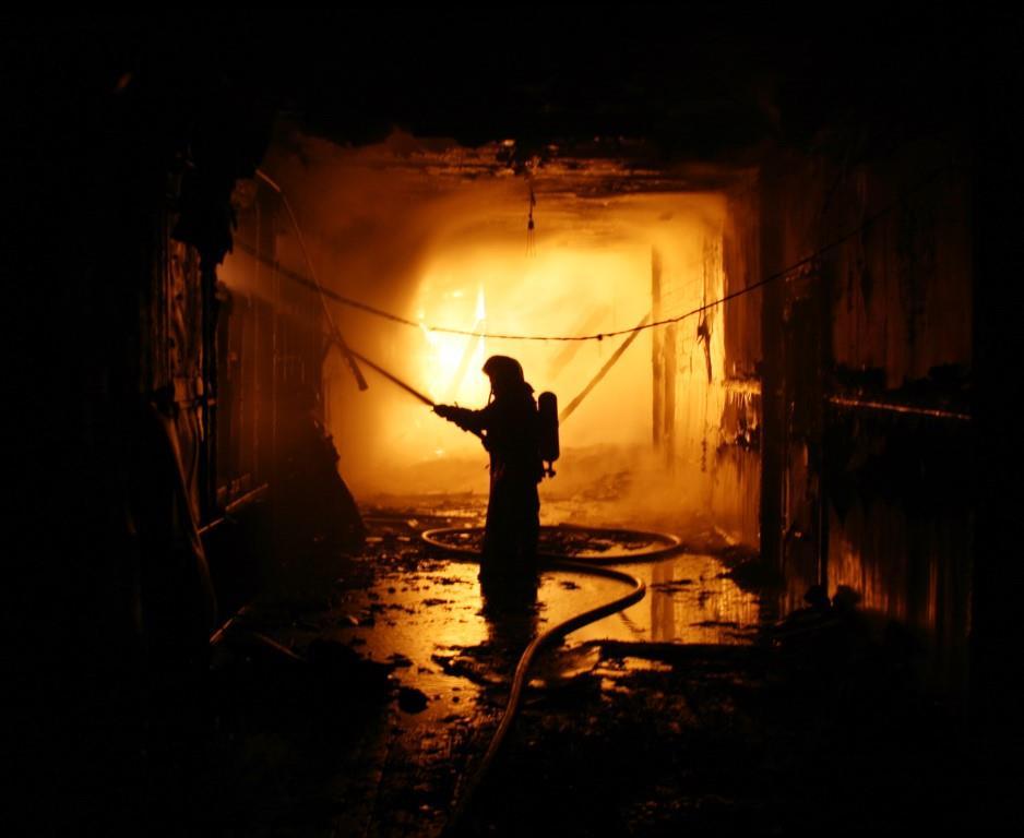 13.12.2007. Пожар в УСШ (3) Автор Викторов Н.А.