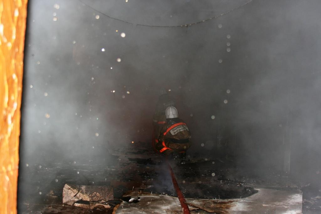 13.12.2007. Пожар в УСШ (31) Автор Викторов Н.А.