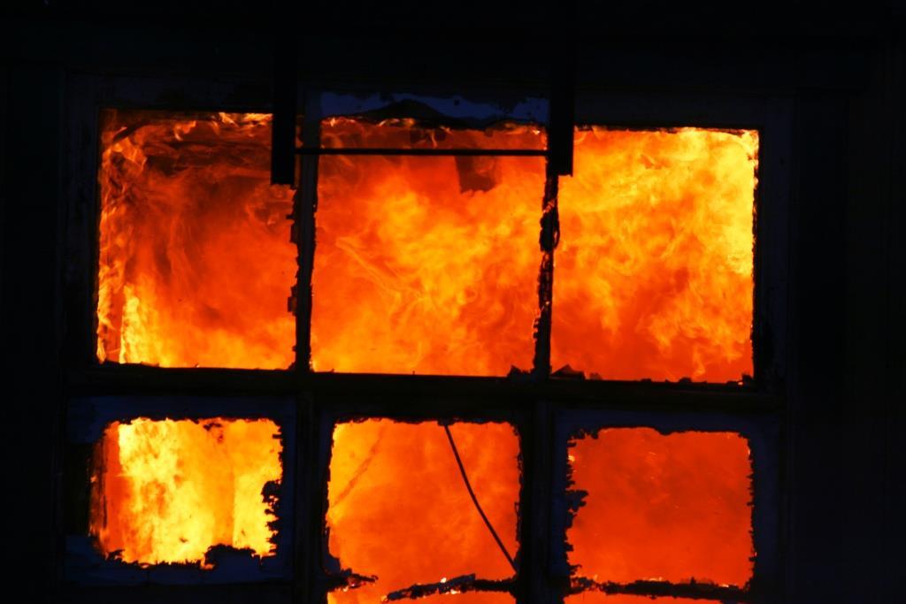 13.12.2007. Пожар в УСШ (33) Автор Викторов Н.А.