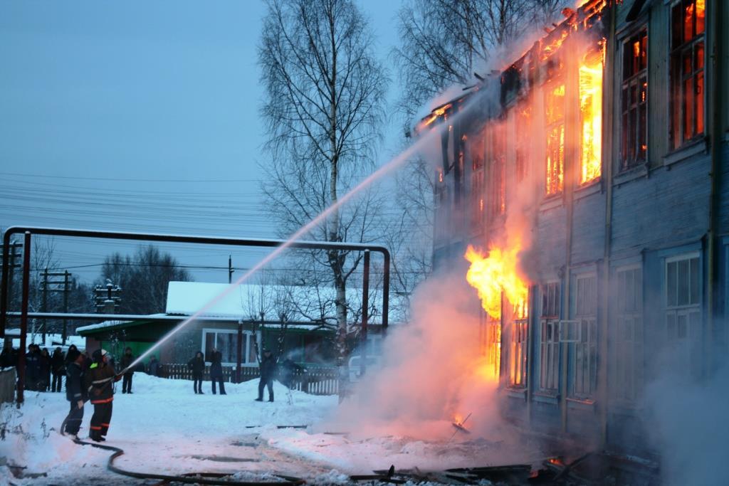 13.12.2007. Пожар в УСШ (34) Автор Викторов Н.А.