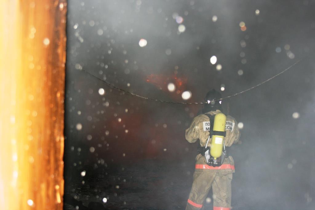 13.12.2007. Пожар в УСШ (44) Автор Викторов Н.А.