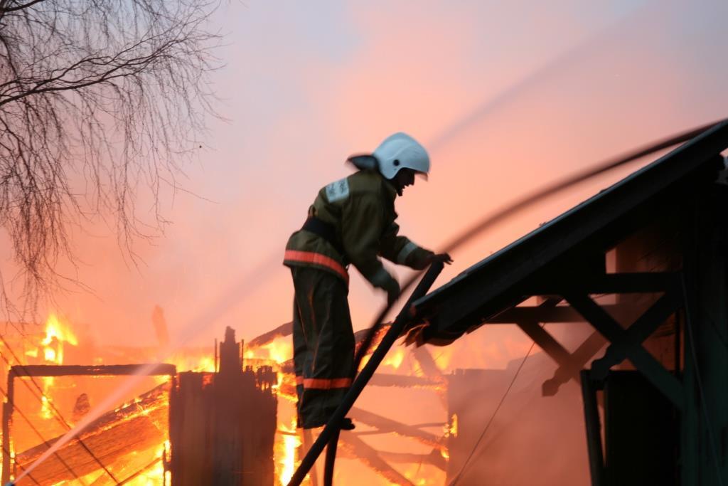 13.12.2007. Пожар в УСШ (49) Автор Викторов Н.А.
