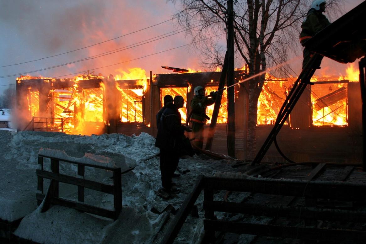 13.12.2007. Пожар в УСШ (5) Автор Викторов Н.А.