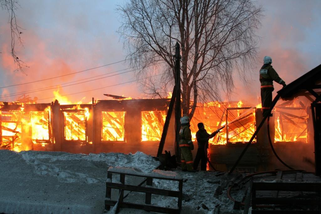 13.12.2007. Пожар в УСШ (51) Автор Викторов Н.А.