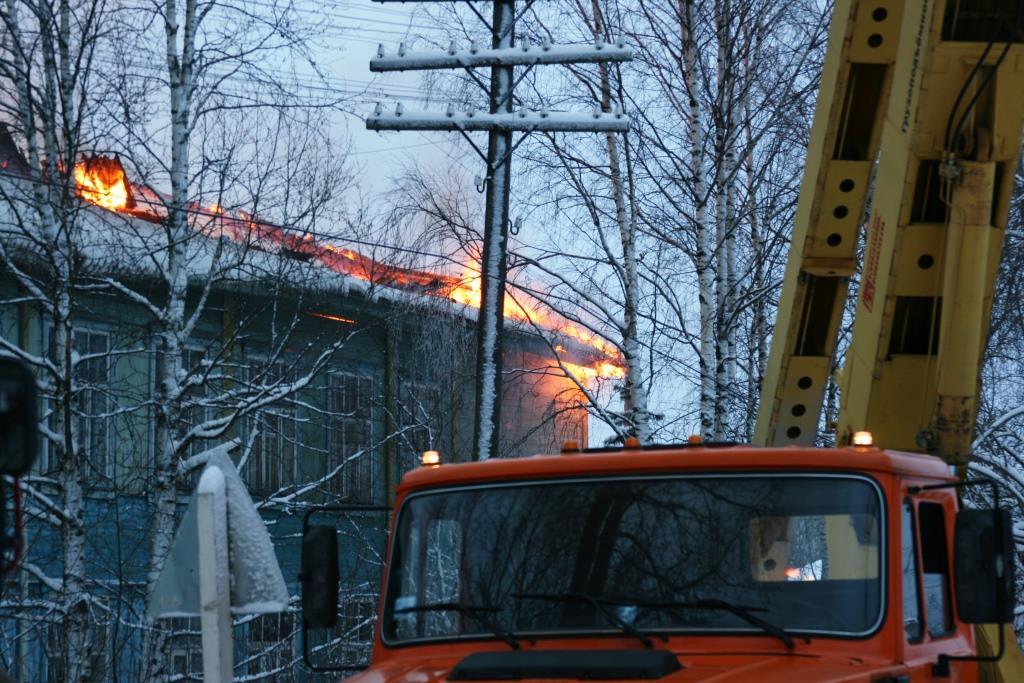 13.12.2007. Пожар в УСШ (57) Автор Викторов Н.А.