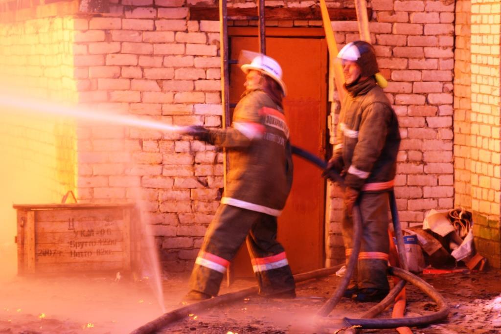 13.12.2007. Пожар в УСШ (70) Автор Викторов Н.А.