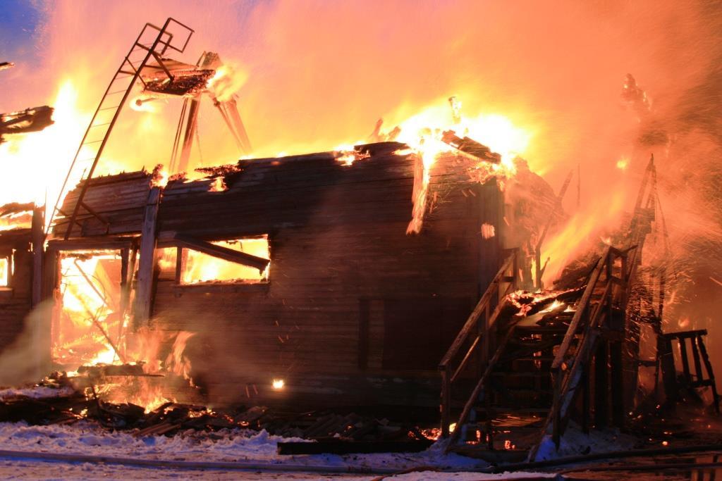 13.12.2007. Пожар в УСШ (72) Автор Викторов Н.А.