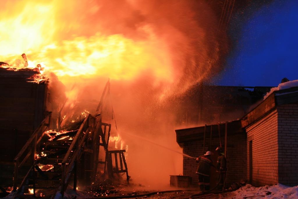 13.12.2007. Пожар в УСШ (73) Автор Викторов Н.А.