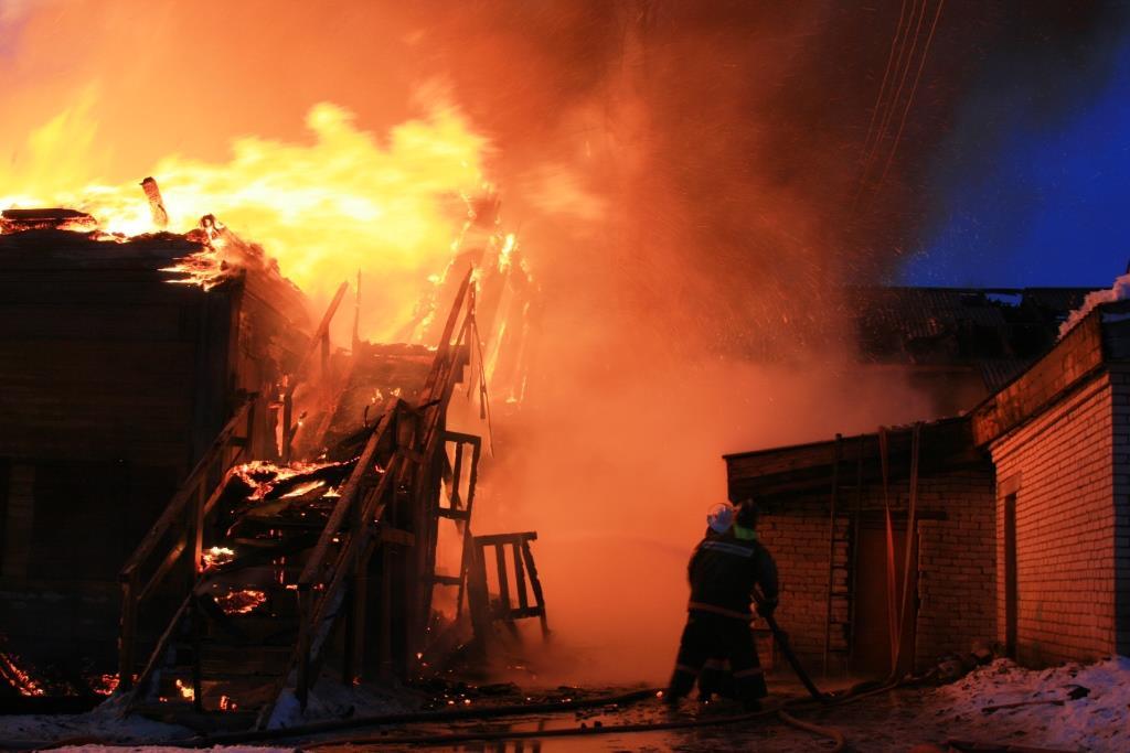 13.12.2007. Пожар в УСШ (74) Автор Викторов Н.А.