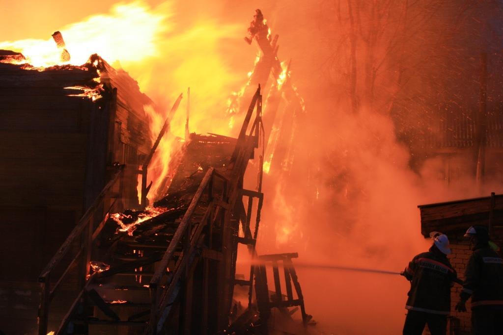 13.12.2007. Пожар в УСШ (75) Автор Викторов Н.А.