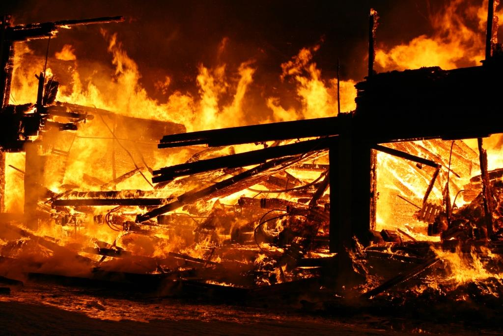 13.12.2007. Пожар в УСШ (84) Автор Викторов Н.А.
