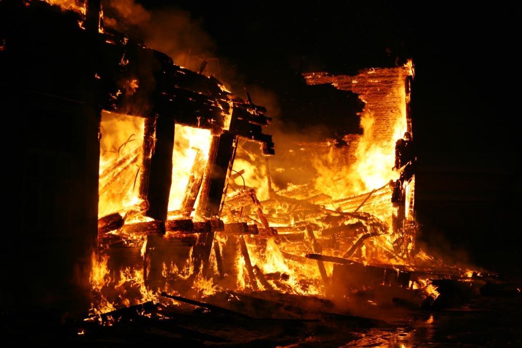 13.12.2007. Пожар в УСШ (89) Автор Викторов Н.А.