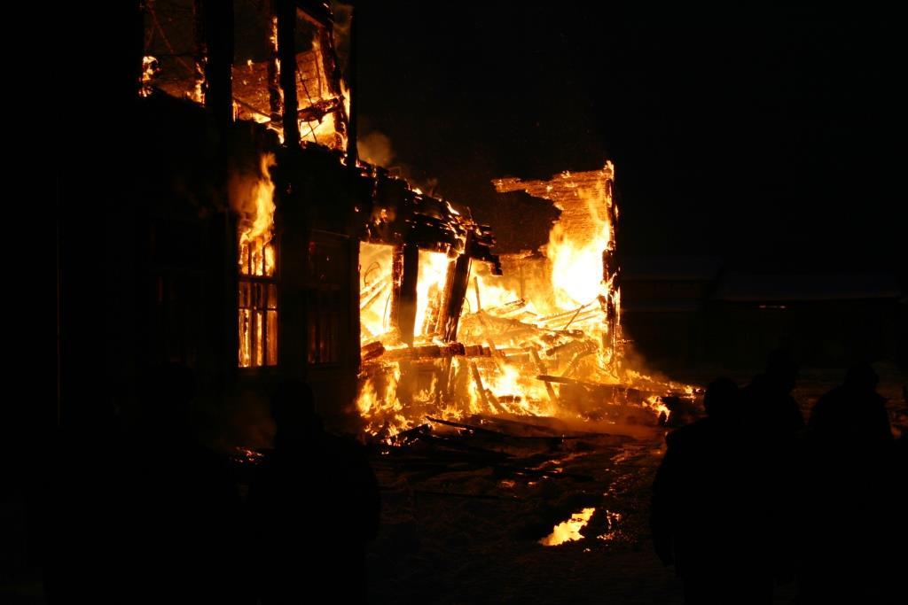 13.12.2007. Пожар в УСШ (90) Автор Викторов Н.А.