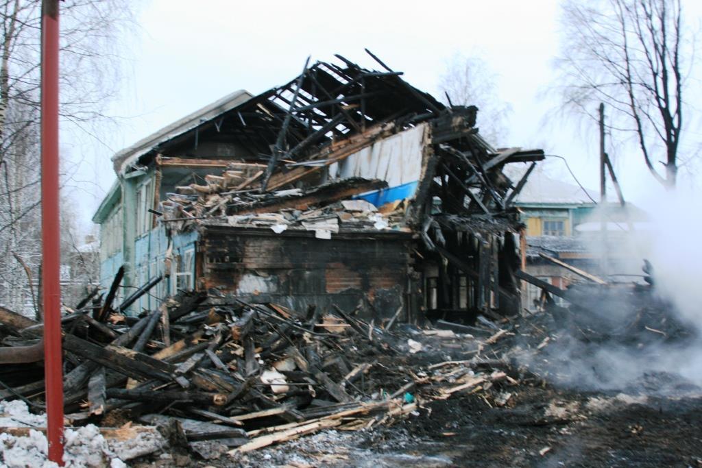 14.12.2007. Пожар в УСШ (112) Автор Викторов Н.А.