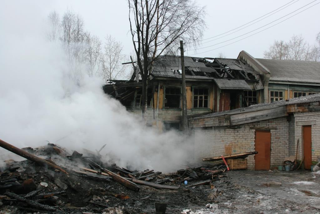 14.12.2007. Пожар в УСШ (92) Автор Викторов Н.А.