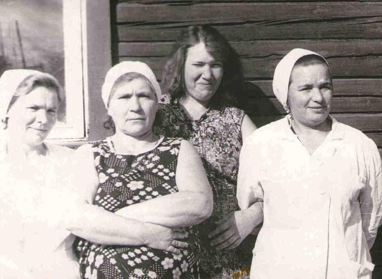 149. Пекари. Много лет проработала Барыкина М.Г. пекарем в ОРСовской пекарне.