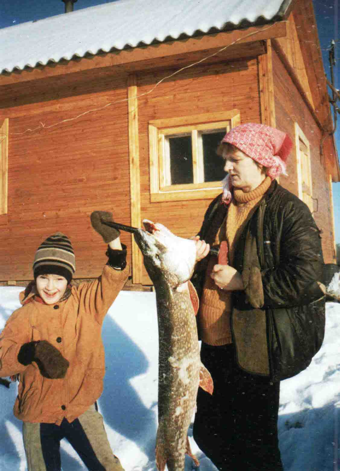 1996, д. Берег, Доника (Белая) Галина Васильевна, щука 9 кг, поймана на Вычегде.