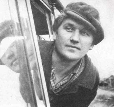 Василий Федорович Меньшаков, машинист тепловоза Урдомской УЖД. 1980-е годы.