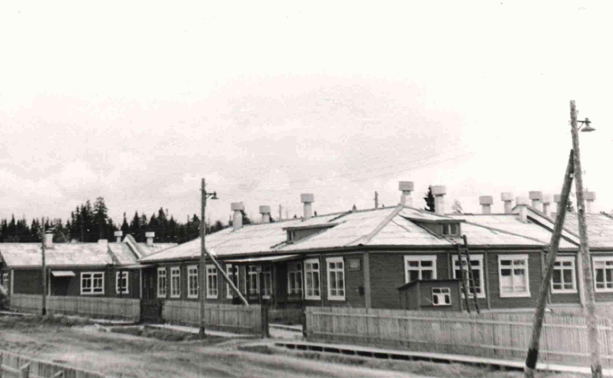 1973,п.Урдома. Новое здание Урдомской городской больницы.